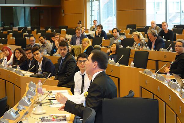 """Avrupa Parlementosunda """"Filistinliler ve İsrailliler için İhtiyaca yönelik çözüm"""" Konferansı"""