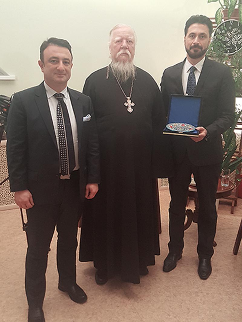 Moskova Varonej Kilisesi Başrahibi Dimitri Smirnov