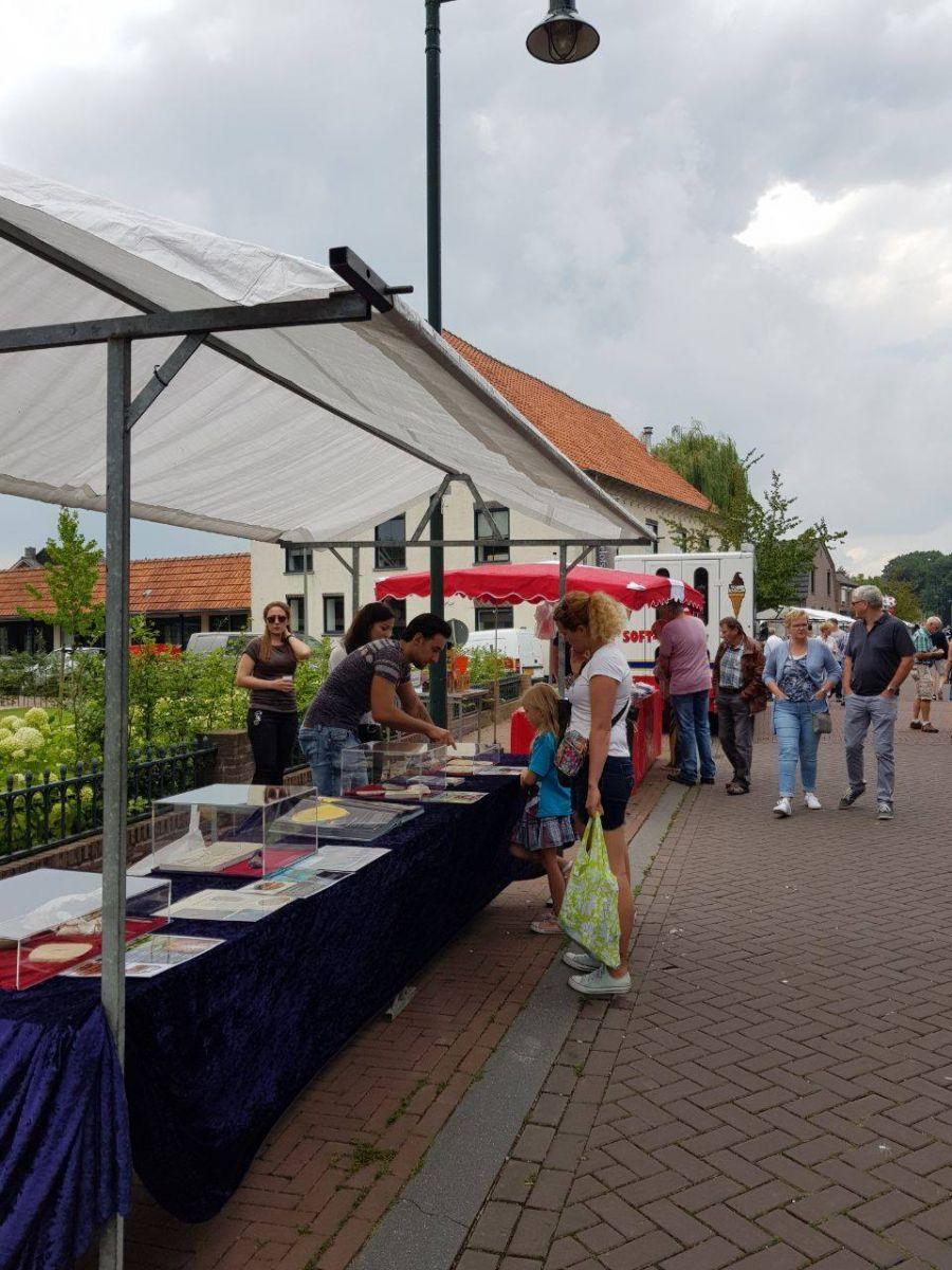 Afferden-Limburg'da Fosil Sergisi