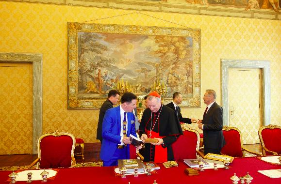 Kardinal Pietro Parolin ile Adnan Oktar Temsilcilerinin Görüşmesi