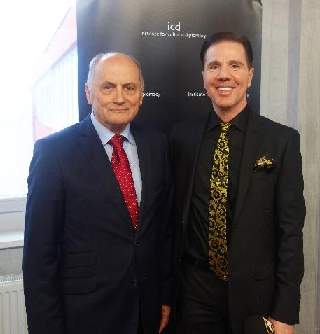 Jan Cornogursky, Çekoslavakya eski Başbakan yardımcısı, Slovakya eski Başbakanı ve eski Adalet Bakanı