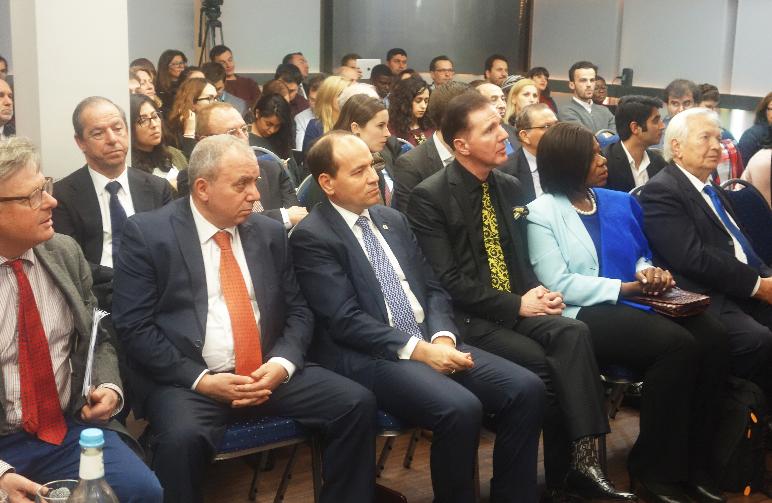 Harun Yahya temsilcileri ICD Konferansında