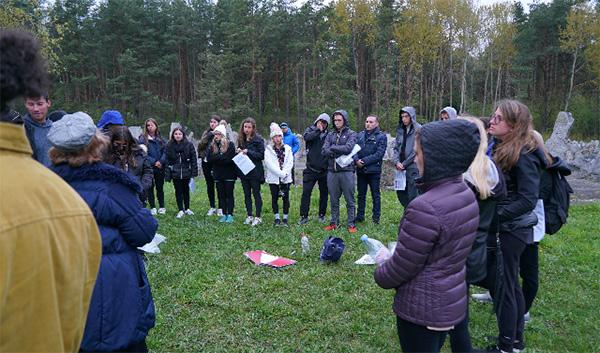 Adnan Oktar temsilcilerinin Jeff Seidel Öğrenci Merkezi ile birlikte Polonya Ziyareti