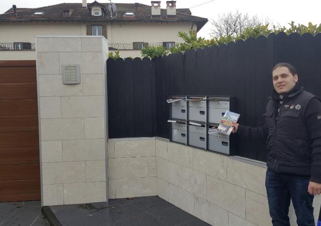 Basel ve Cenevre'de Adnan Oktar'ın Almanca kitapları dağıtıldı